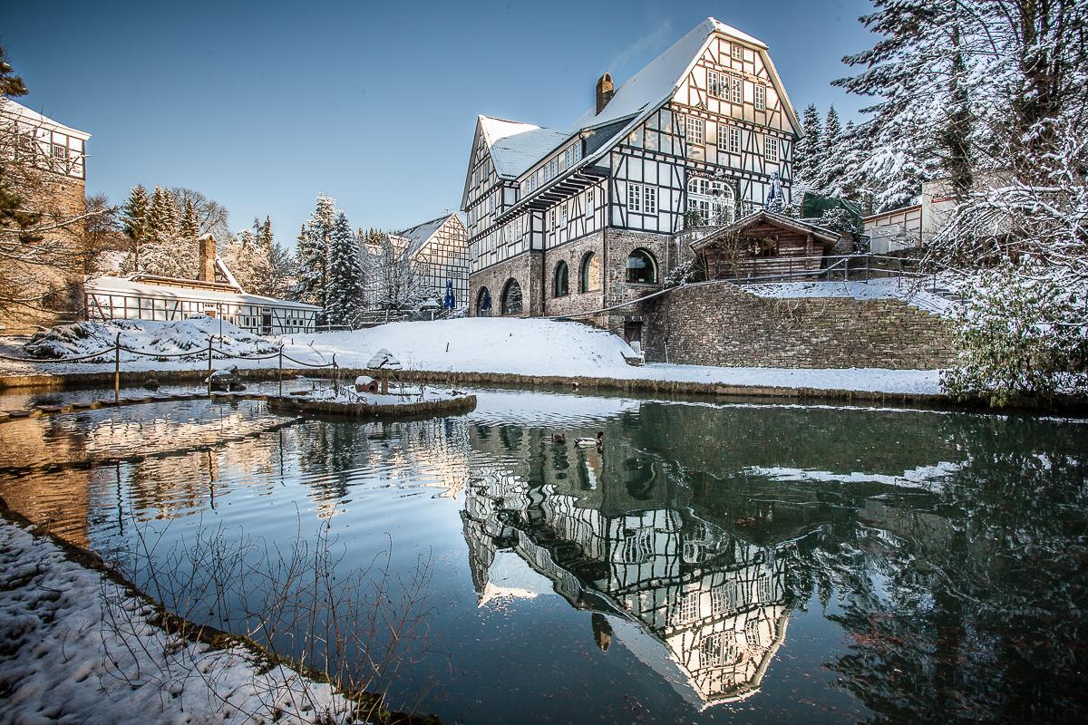 Gut Hungenbach zur Winterzeit