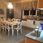 Blick in die Küche der Villa Clara